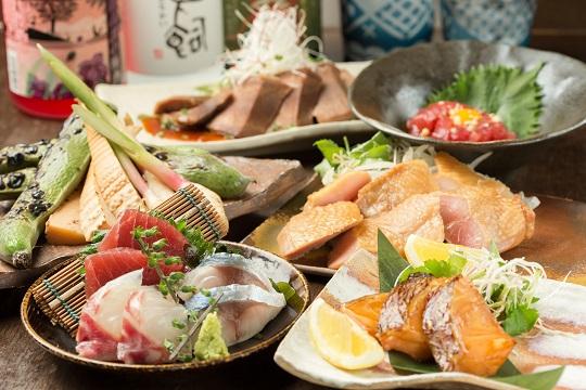 神楽坂の隠れ家!居酒屋で日本全国の焼酎、梅酒が飲める名店《酒葵-しゅき-》