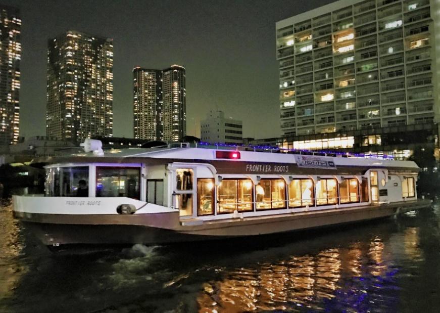 東京湾クルージングで優雅に貸切船上パーティーはいかが?