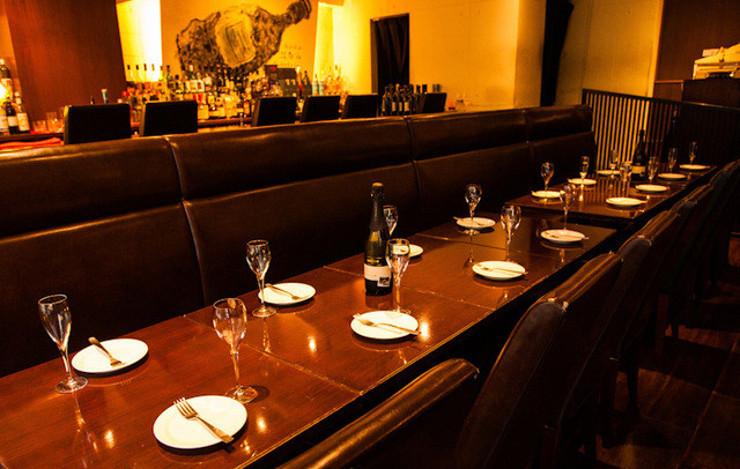 コスパ+余興等のサービスが充実、50人までの貸切宴会可能
