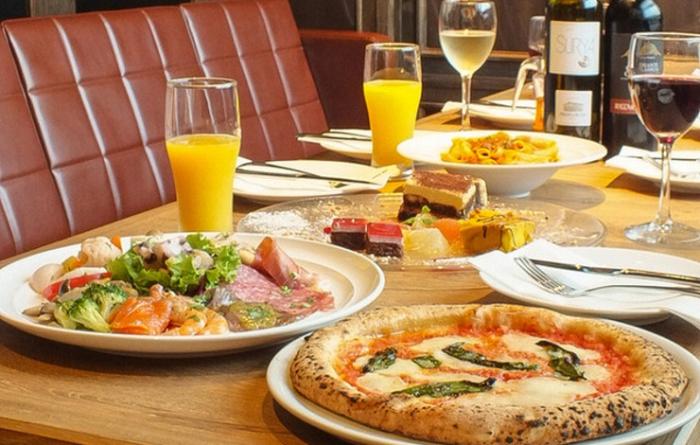 本場ナポリピッツァを食しながらの宴会に「Trattoria Pizzeria LOGIC IKEBUKURO DUE」