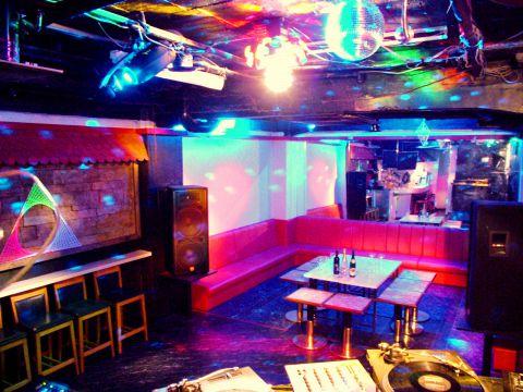 盛り上がれ!DJブースがある新宿で貸切パーティーに最適なお店5選