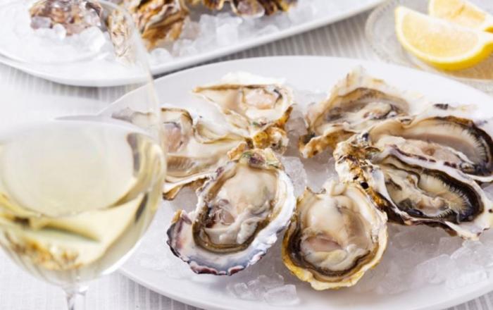 新宿の宴会ならここ!新鮮な牡蠣が自慢「アサドール・デル・マール」